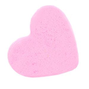 Boule de bain en forme de cœur pour ajouter du pétillant et de l'amour dans les baignoires. Vendu par Bubulle et savon.