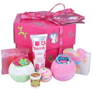 Coffret cadeau bien-être à personnaliser, savonnerie, vendu par bubulle et savon